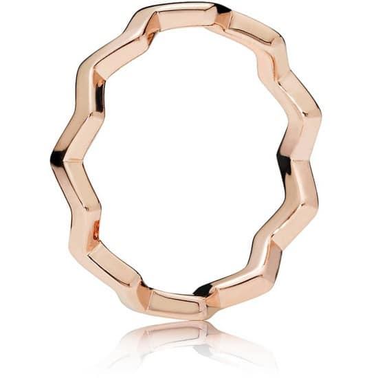 PANDORA Polished Zigzag Ring